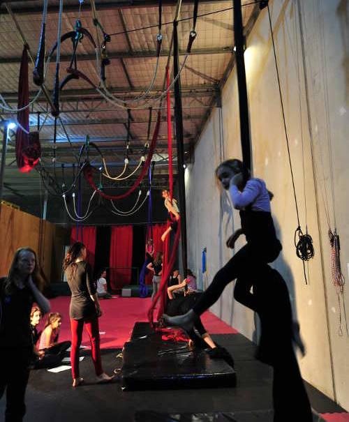 Amy-kids--circus-class
