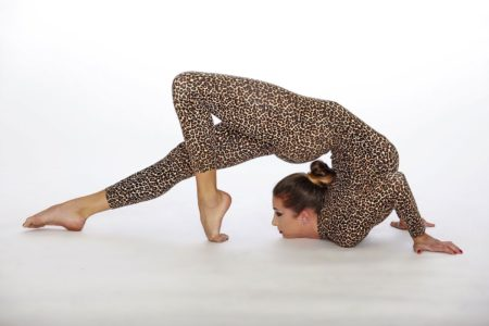 Flexibility Coach Who Studied with Otgo Waller, the Mongolian Top Contortionist